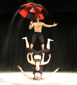 Galumpha…acrobatic dance trio